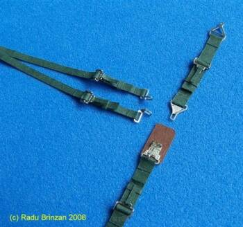 1/32 US Seatbelts Green - pasy